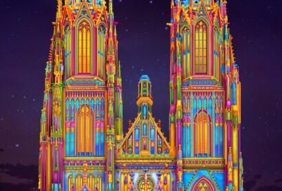 Illumination der Domtürme in Regensburg