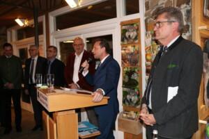 Umweltminister Thorsten Glauber kam als Überraschungsgast zum Neujahrsempfang und sprach, ebenso wie Nationalparkleiter Dr. Franz Leibl, ein Grußwort.