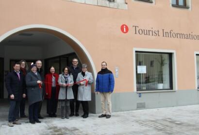 Regensburg Tourismus eröffnet zweite Tourist-Information am Schwanenplatz