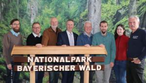 Das Organisationsteam bei der Vorbesprechung in der Nationalparkverwaltung in Grafenau