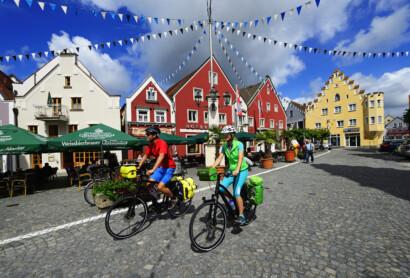 Der Allgemeine Deutsche Fahrrad-Club (ADFC) findet für die Niederbayerntour lobende Worte