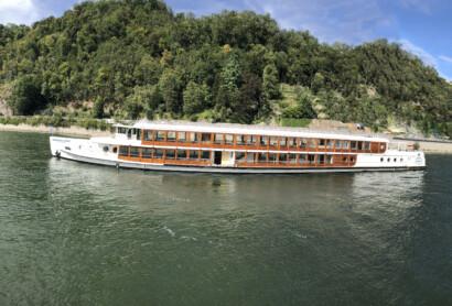 Volle Kraft voraus! Das Barefoot Boat by Til Schweiger kommt nach Regensburg