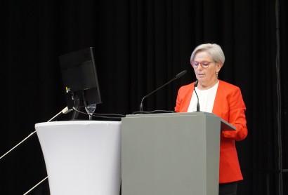 Rede an die Versammlung durch Präsidentin, Landrätin Rita Röhrl